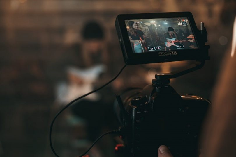 How to Become a Human Hidden Camera Detector | Gadget Teacher